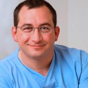 Dr. Peter Benedek