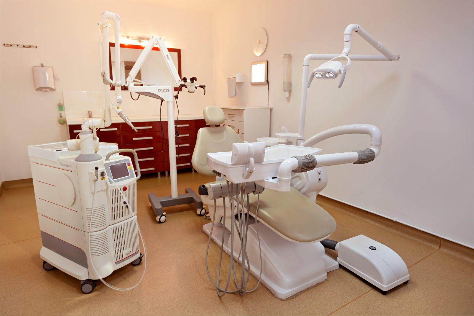 GS Clinic treatment room