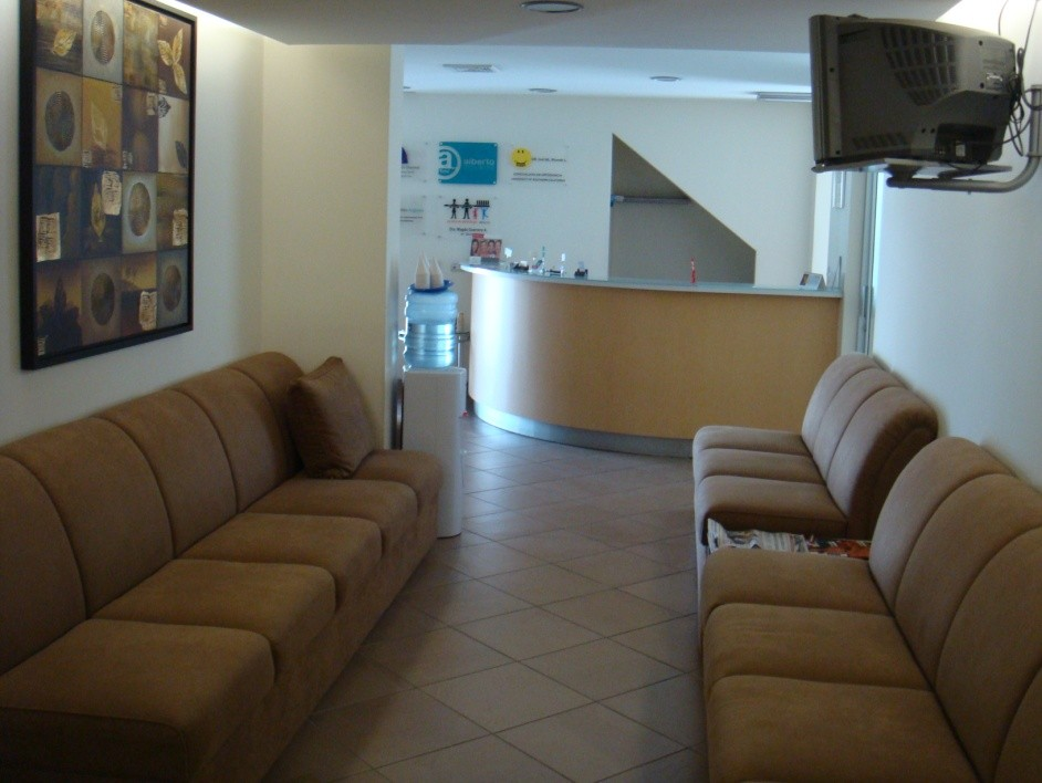 Tabash Dentistry Costa Rica Waiting Room