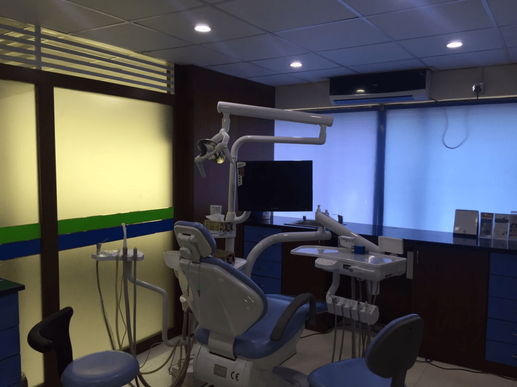 dar-al-shifa-medical-dental-center-treatment-room-2